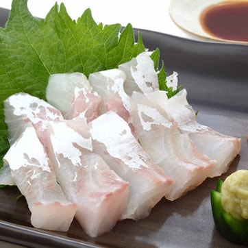 SASHIMI WITH SEA BASS