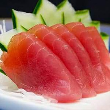 SASHIMI WITH TUNA