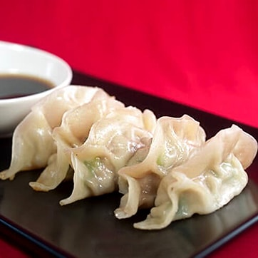SHRIMP DUMPLINGS WITH SOYA SAUCE