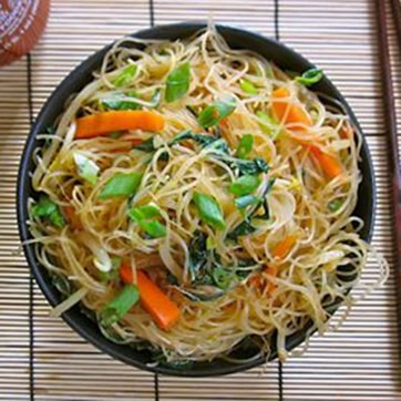 VERMICELLI NOODLES WITH VEGETABLES